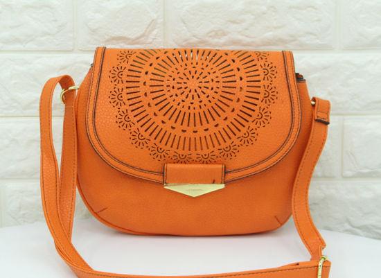 bf7841fe1146 China Lady Fashion PU Handbag Laser Cut Shoulder Bag - China ...