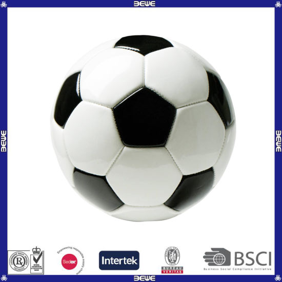 Standard Size White and Black Color Soccer Ball pictures & photos