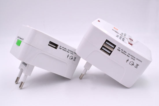 931b 931d All in One Universal International Plug 1/ 2 USB Port World Travel AC Power Charger Adaptor pictures & photos