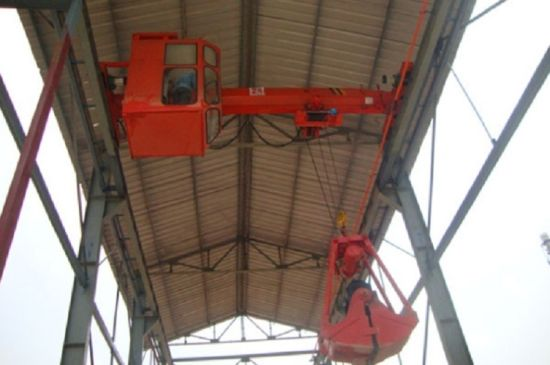 Single Girder Overhead Crane with Grab for Sale pictures & photos