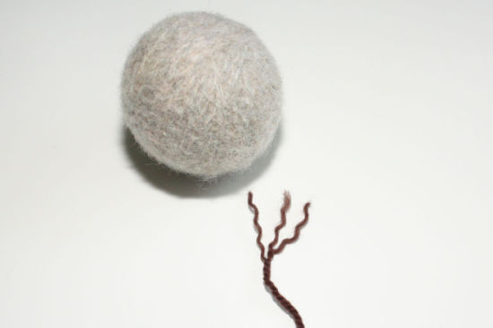 High Quality Wool Felt Dryer Ball for Laundry pictures & photos