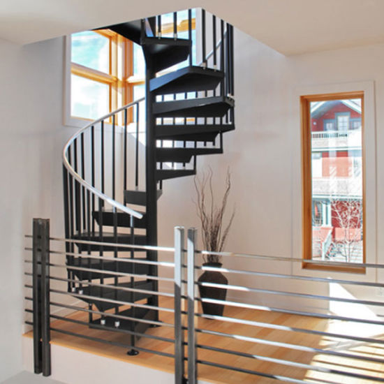 Indoor Oak Wood Tread Spiral Stairs With Rod Railings Design