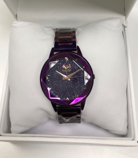 Hot Sell Fashion Ladies Watch Star Sky Dial Magnetic Wristwatches Spot