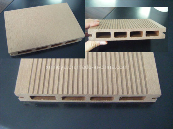 Waterproof Outdoor Wood Plastic Compositewpc Decking for Deoration (HS150*25-A) pictures & photos