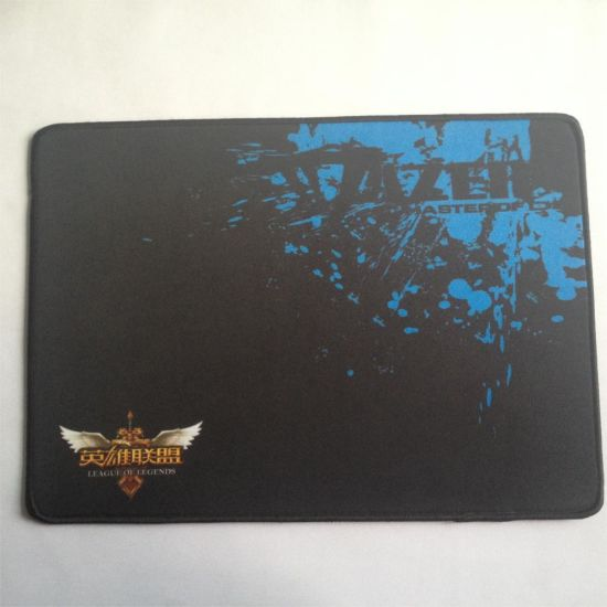 Edge Locked Mouse Pad for Game Play Mats