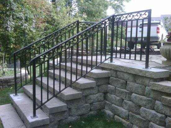 China Outdoor Wrought Iron Stair Railing Metal