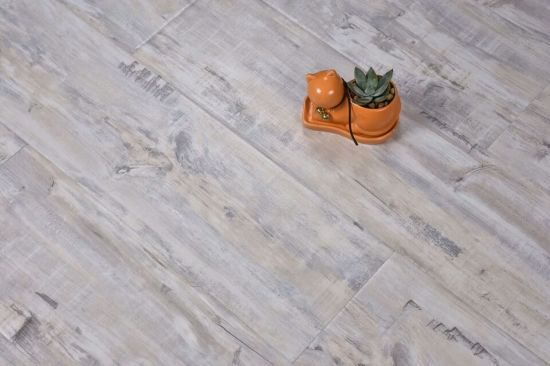 China Modern And Stylish Hdf 12mm High Quality Laminate Flooring