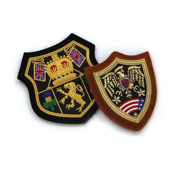 China Custom Hand Embroidered Bullion Wire Cap Badges