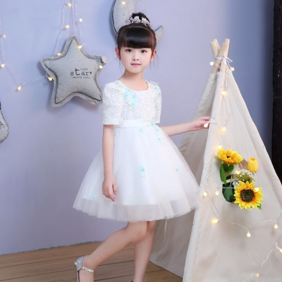 066bef92b83 China Ivory Knee Length Lace Flower Girl Dress - China Girl Dress ...