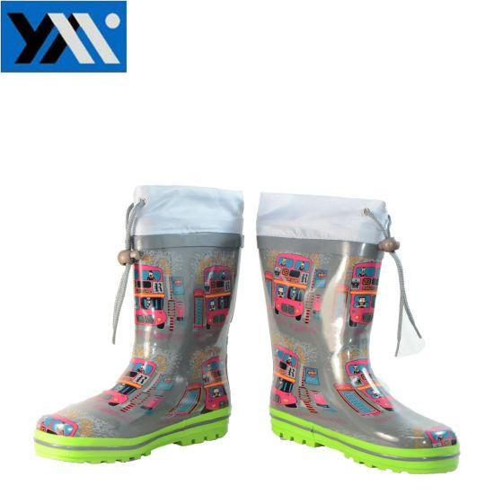 china waterproof natural rubber kids rain boots with cartoon