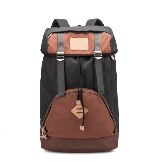High-Capacity Nylon Traveling Waterproof Backpack pictures & photos