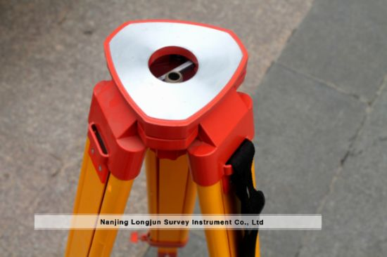 Wooden Tripod for Auto Level Survey (LJW30) pictures & photos