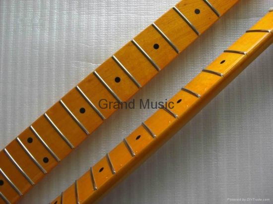 Gloss Finished Canadian Maple Strat 21 Frets Guitar Neck (STM-21) pictures & photos