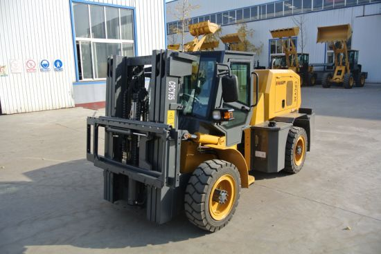 3.5 Ton Rough Terrain Forklift High Quality with Xinchai Engine pictures & photos