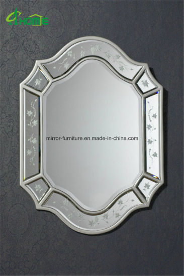 Magic Venetian Etching Wall Glass Mirror pictures & photos