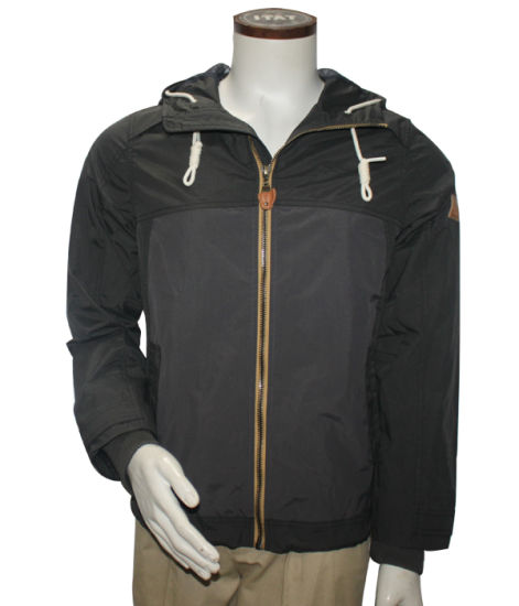 Zipper Through Nylon Short Plain Flight Men Bomber Hood Jacket pictures & photos