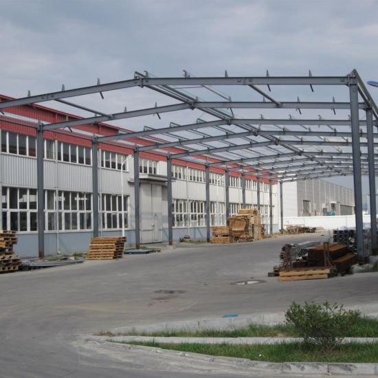 Portal Frame Light Steel Structure Mechanical Workshop with High Quality pictures & photos