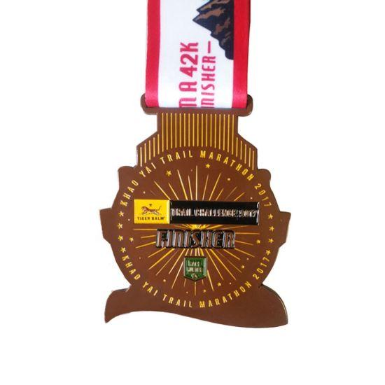 Custom Antique Zinc Alloy 3D Double Logo Sports Pendant Medal