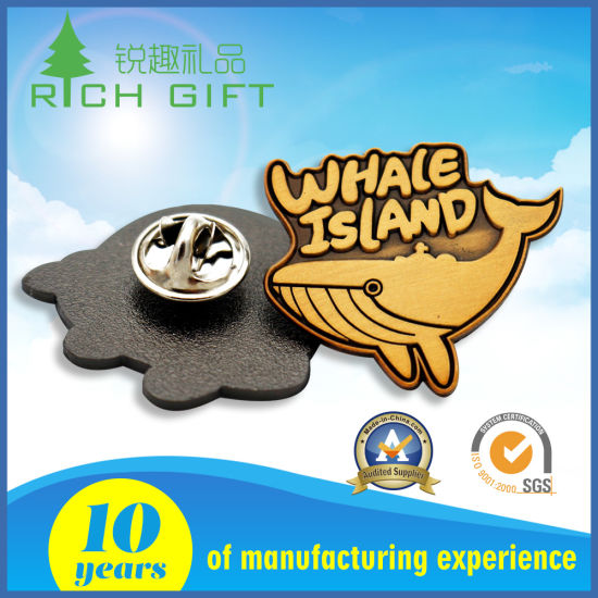 Sales of High Quality Enamel Metal Badges for Factory Price