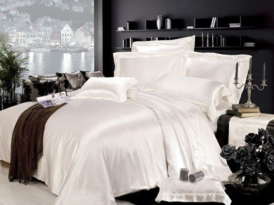 Silk Hotel Oeko-Tex Quality Seamless Bed Linen Sheet Silk Bedding Set pictures & photos