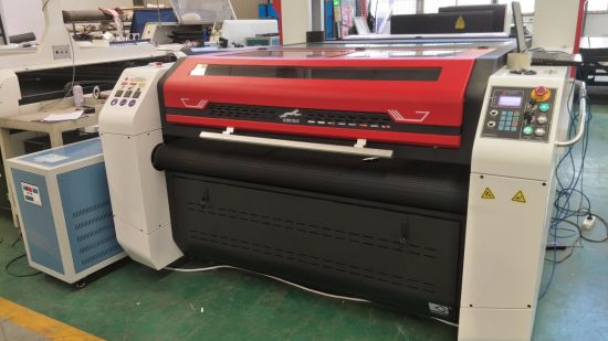 Textile Printed Fabric Laser Cutting Machine (EETO-160130LD) pictures & photos
