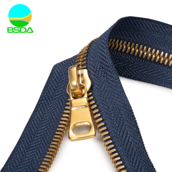 Wholesale Premium Quality Corn-Teeth Brass Teeth Zipper for Bag/Leather