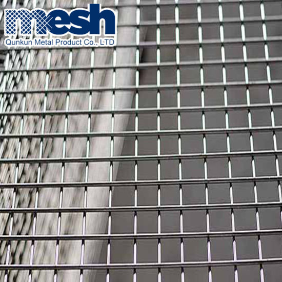 China 1 2mx30m Galvanized 10 Gauge Welded Wire Mesh On Sale China Welded Wire Mesh Welded Wire Mesh Panel