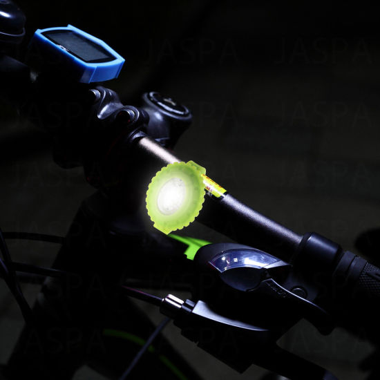 2PCS White LED Bike Light with Low Price (24-1N1721) pictures & photos