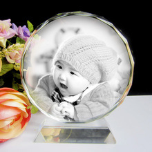 Crystal Gift Engraving with High Speed Crystal Laser Machine pictures & photos