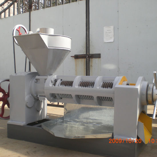 Larger Output Screw Oil Press Machine pictures & photos