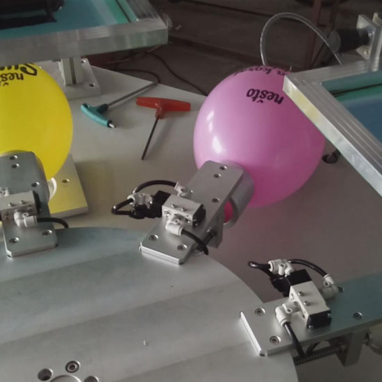 High Speed Flatbed Screen Printer for Balloon pictures & photos