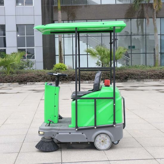 Battery Powered ISO9001: 2008 Approved Ride on Floor Sweeper (DQS12/12A) pictures & photos