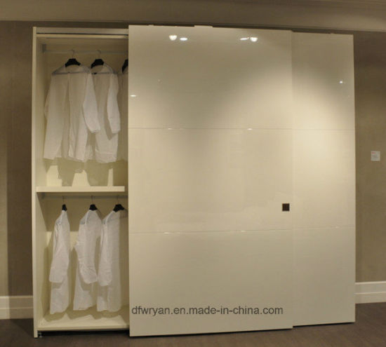 Panel Furniture: Wardrobe Closet and Wardrobe Door pictures & photos