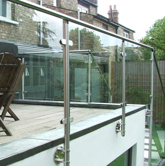 China Outdoor Stainless Steel Glass Railing For Balcony