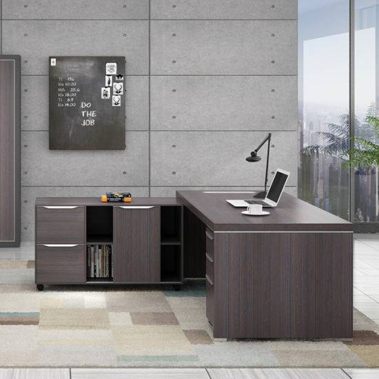 small big desktop of for a medium philippines little computers desks lots to pallets office how corner computer table desk wood size home build rooms pallet