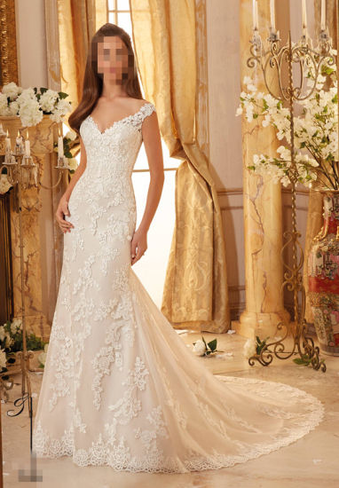 2017 Lace Beaded Bridal Wedding Dresses 5471 pictures & photos
