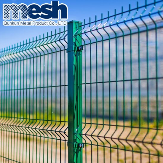 China Pvc Painted Welded Wire Fence Installation With Factory