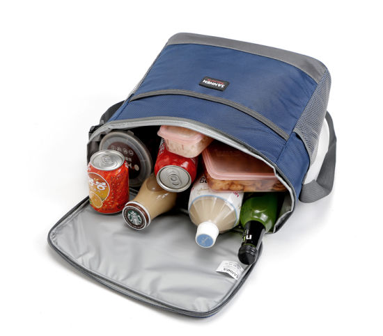 Thermal Lunch Bag for Cooler/Milk/Ice Picnic with Shoulder Strap pictures & photos