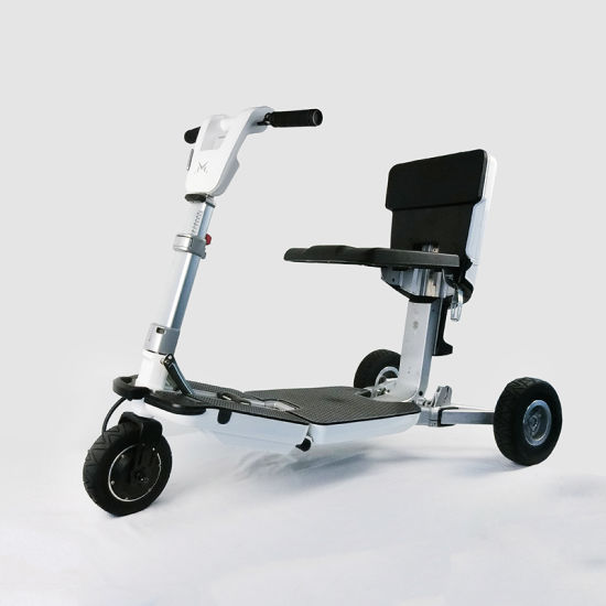 Natural Color 3wheel Electric Scooter with Ce for Kids and Old People