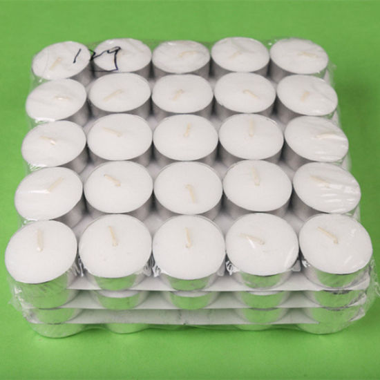 Tea Light Candle in Bulk Wholesale/White Pressed Tealight Candle pictures & photos