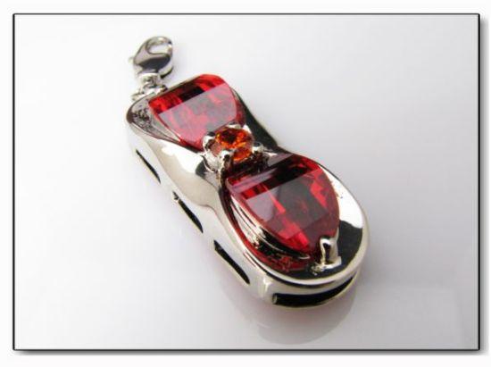 Jewelry USB Flash Drive with 2GB to 16GB Capacity
