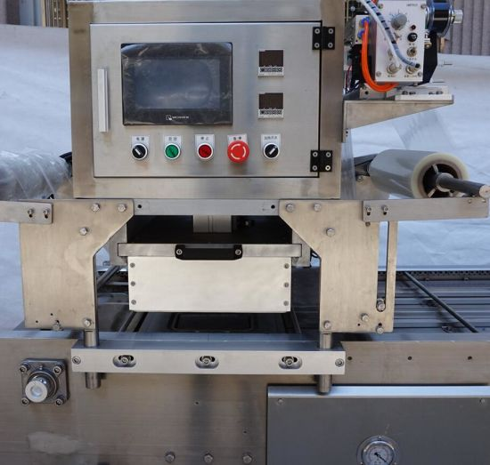 Automatic Continuous Map Food Tray Sealer pictures & photos