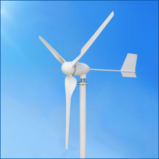 1kw Horizontal Axis Wind Turbine/Windmill/Wind Generator for Home pictures & photos