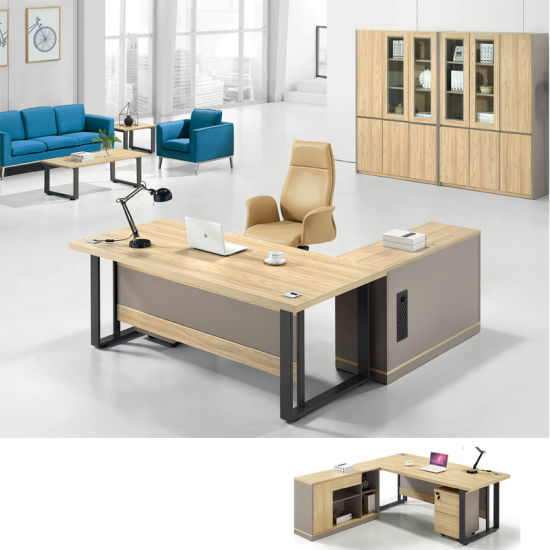 L-Shape 4 People Metal Frame Workstation Office Desk with Screen pictures & photos