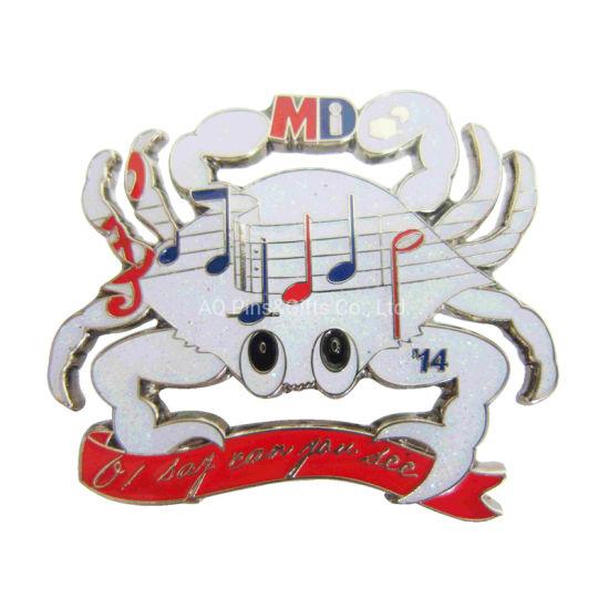 Manufacturers Metal Enamel Smiley Face Pin Badge Promotional Metal Enamel Camera Pin Badge (124)