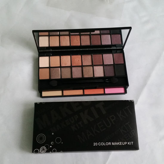 OEM Waterproof Suncreen Multi-Colored Mineral Cosmetics Eyeshadow Palettes pictures & photos