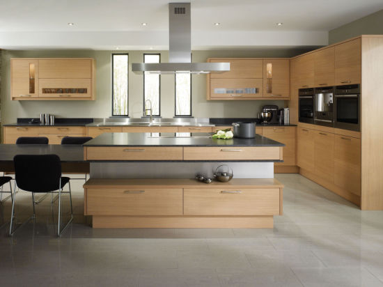 Solid Wooden Kitchen Cabinets Flat Pack Kitchen Cabinet pictures & photos