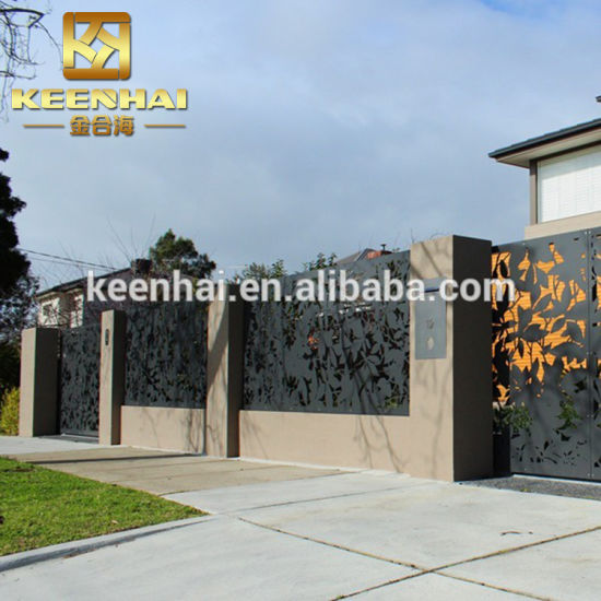 Perforated Wire Mesh Metal Sheet Fence Panel pictures & photos