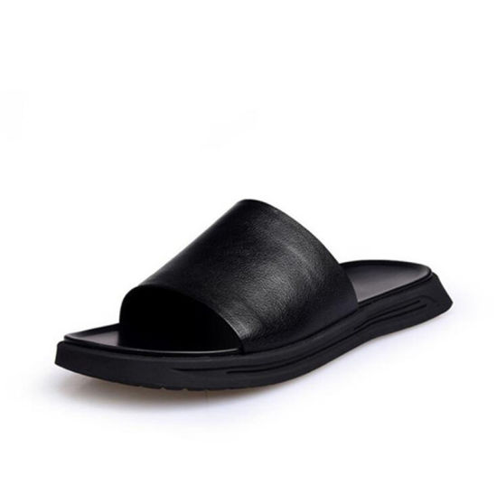 Top Quality 2020 Custom Men′s Sandal pictures & photos