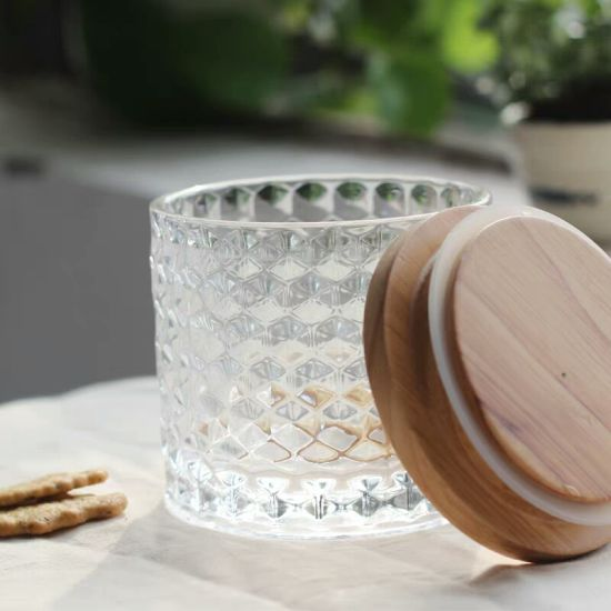 Food Grade Free Sample Glass Bottles with Wooden Lid pictures & photos